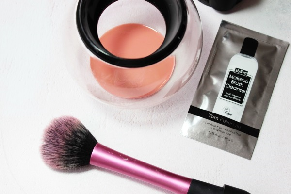StylPro Makeup Brush Cleaner Results1