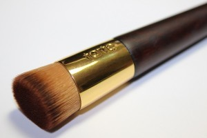 Tarte Coloured Clay Liquid Foundation Brush1
