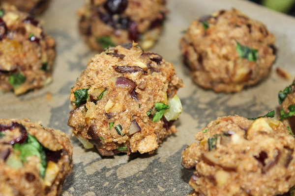 Cranberry And Chestnut Stuffing Balls1