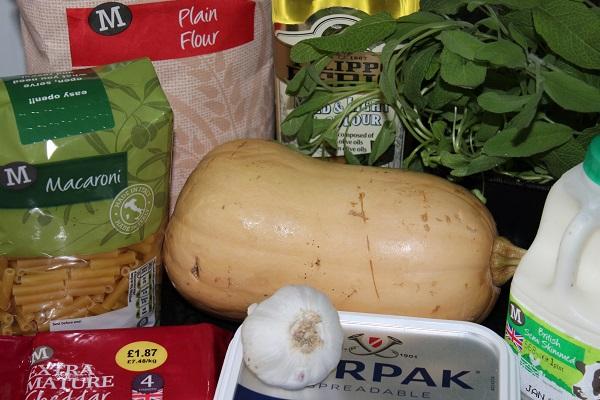 Winter Macaroni Cheese Ingredients1