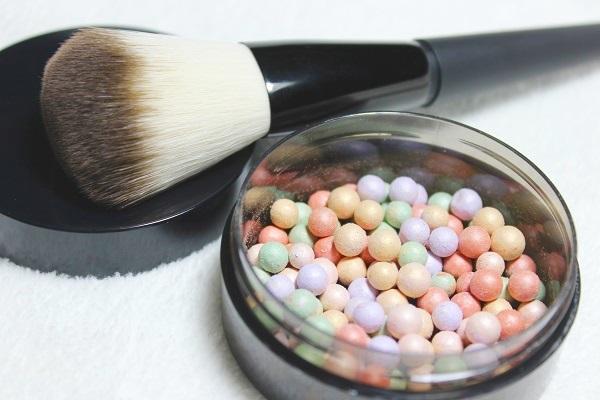 Avon True Colour Correcting Pearls Swatch1